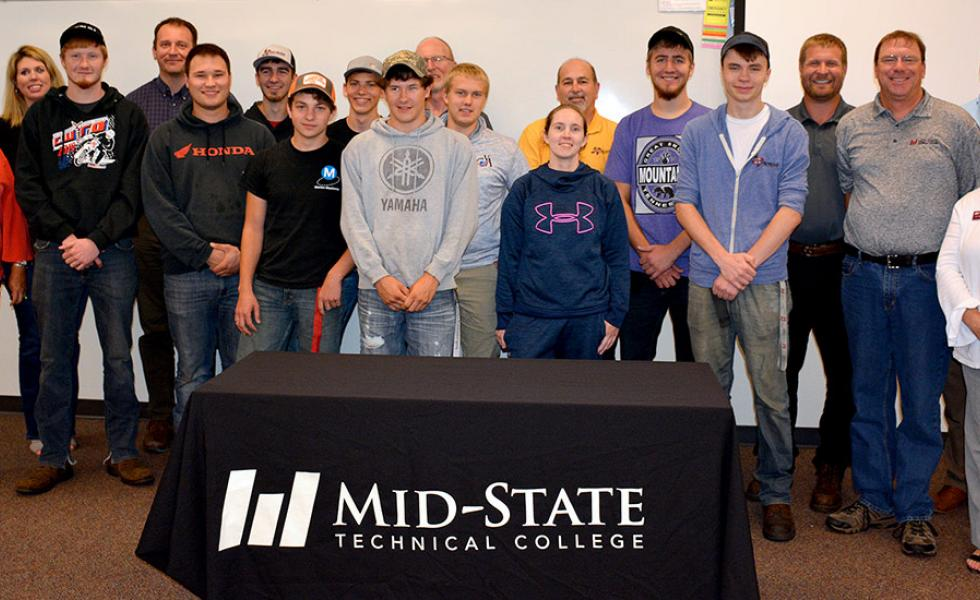 •	Mid-State Technical College celebrated its graduating Mid-State Metal Mania students on the Wisconsin Rapids Campus, Friday, August 16. Pictured are the graduates present along with Mid-State staff and sponsoring partners.